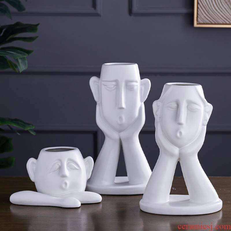 Nordic creative character ceramic furnishing articles abstract I and contracted TV ark, porch soft outfit decoration home decoration