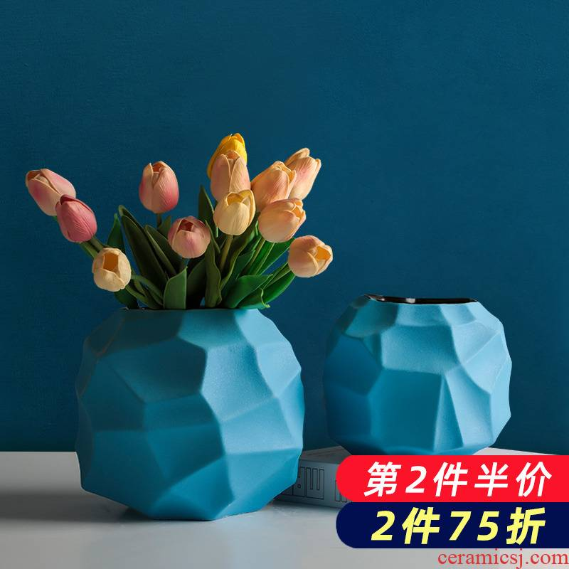 Blue flower bottle ceramic creative northern wind flower arrangement sitting room decoration I and contracted household dry flower adornment furnishing articles