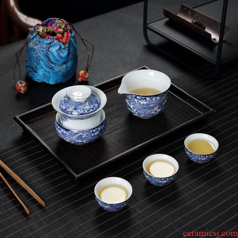Travel tea set suit portable bag type of blue and white porcelain teapot is suing the car Travel to crack a pot of three cups
