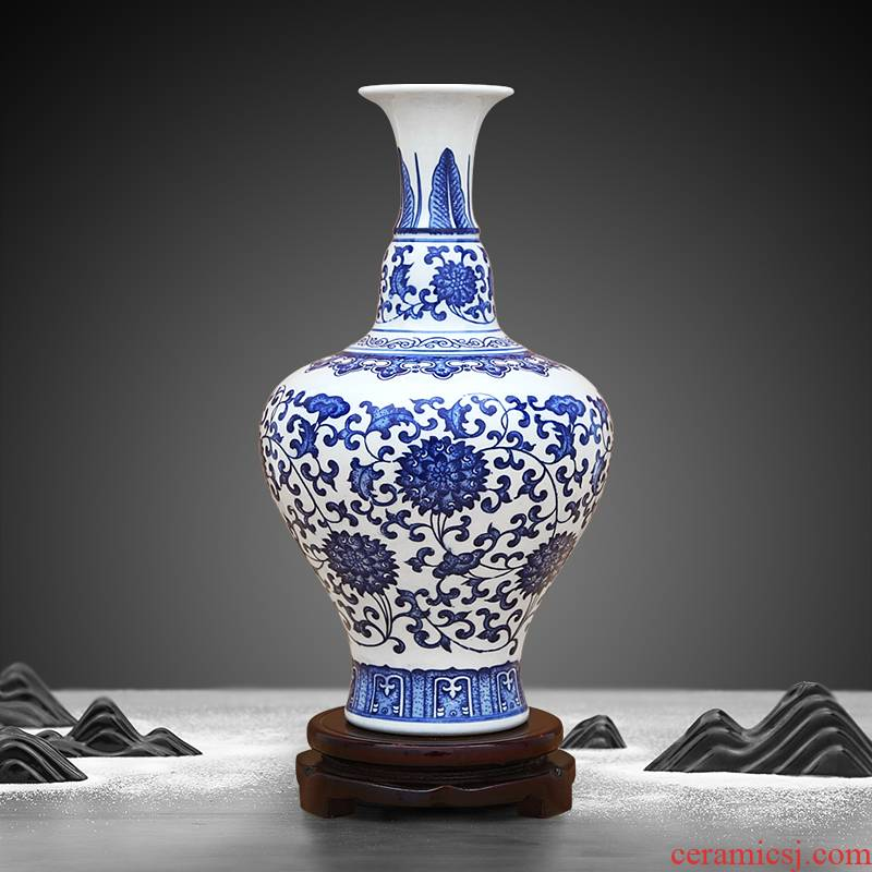 Antique blue - and - white to industry branch lotus sect herb bottle