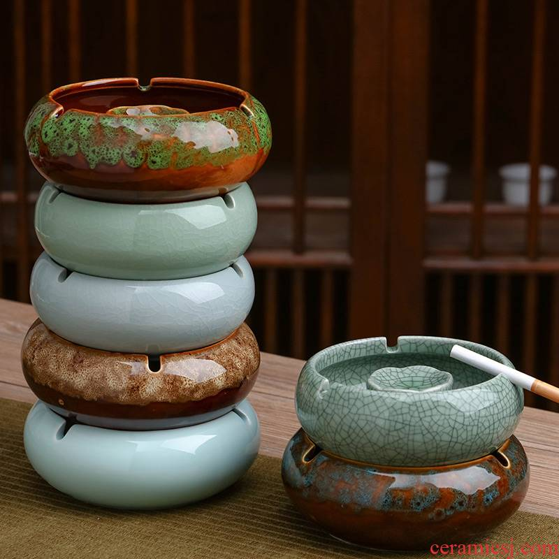 Jingdezhen ceramic ashtray creative move trend of domestic large sitting room of fly ash prevention study office decoration