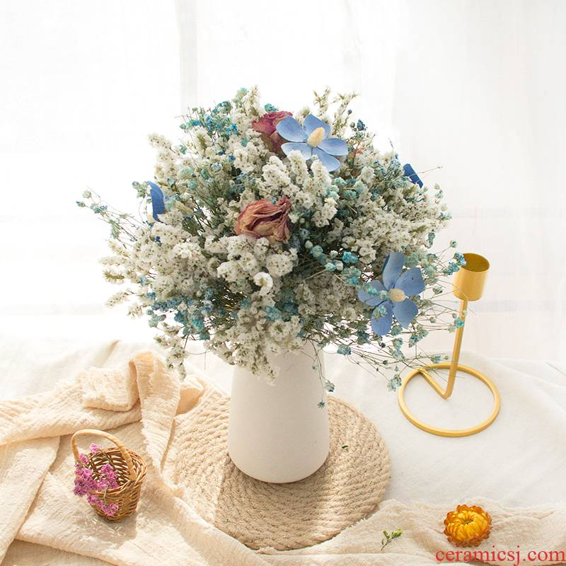 To run all over the sky star fresh dried bouquets of roses Daisy contracted ins art porcelain sitting room place, home decoration