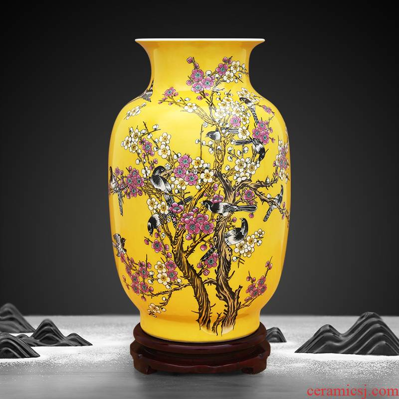 To porcelain industry of jingdezhen ceramic vase furnishing articles sitting room imperial yellow flower arranging device colouring beaming