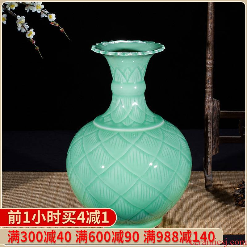Jingdezhen ceramics by hand shadow blue glaze vase flower arranging new Chinese style household adornment TV ark, furnishing articles in the living room
