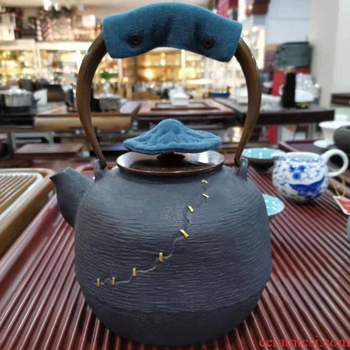 The teapot handle insulation pad iron pot pot set against hot cloth silver pot clay POTS to as The lid The hot pad