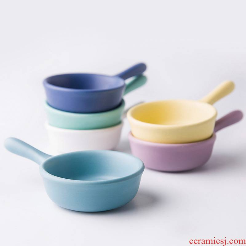 Scene for the Nordic little pure and fresh and contracted and colorful flavor dish of single handle ceramic dish condiment tomato mustard with a plate