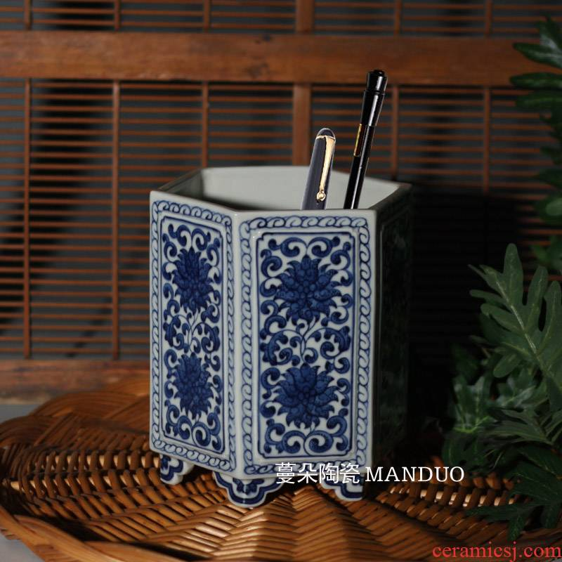 Pure hand - made jingdezhen blue and white porcelain brush pot qianlong six sides Wen Fang elegant blue and white porcelain brush pot move