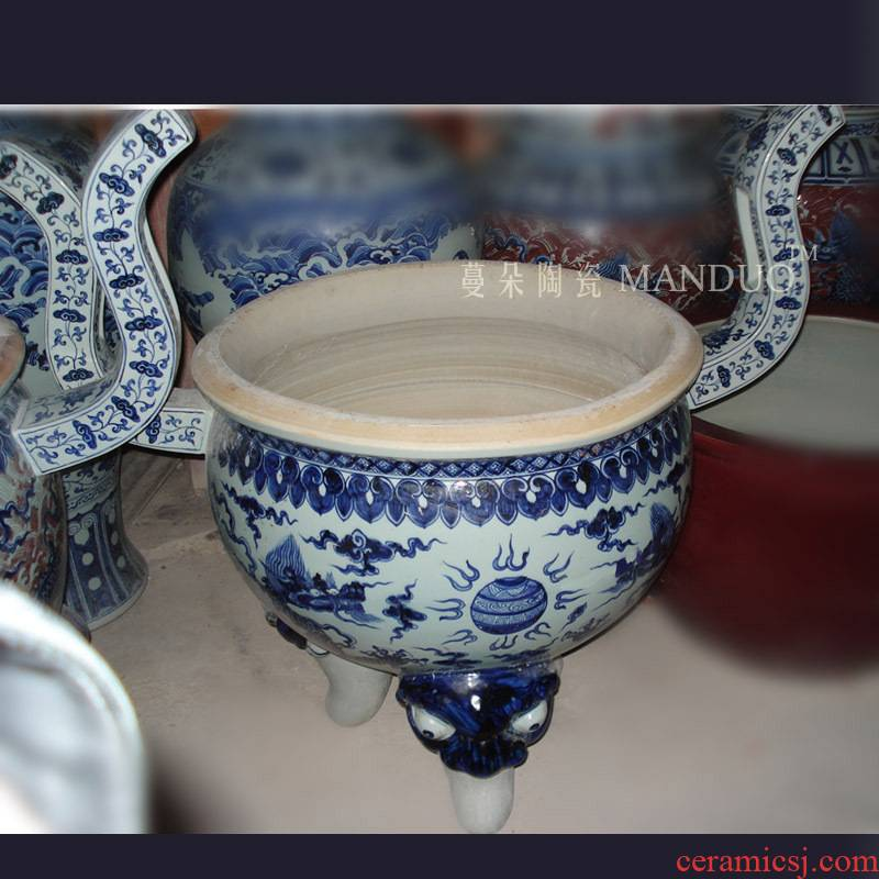 Jingdezhen blue and white oversized hand - made censer order custom - made present ancestral temple temple buddhist temple, king incense buner