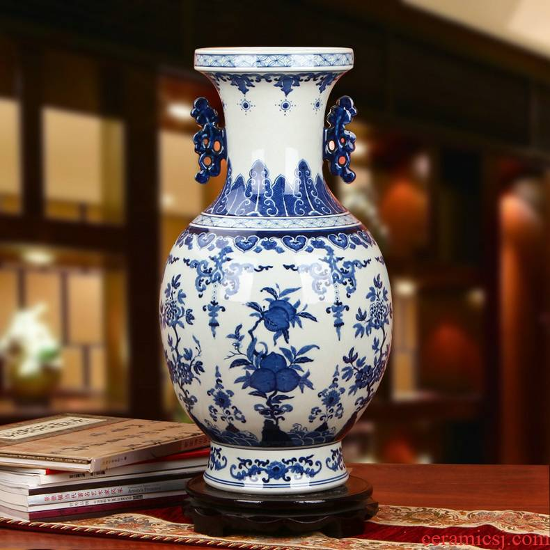 Jingdezhen ceramics high - grade hand - made ssangyong ear peach bound branch of blue and white porcelain vase modern home furnishing articles