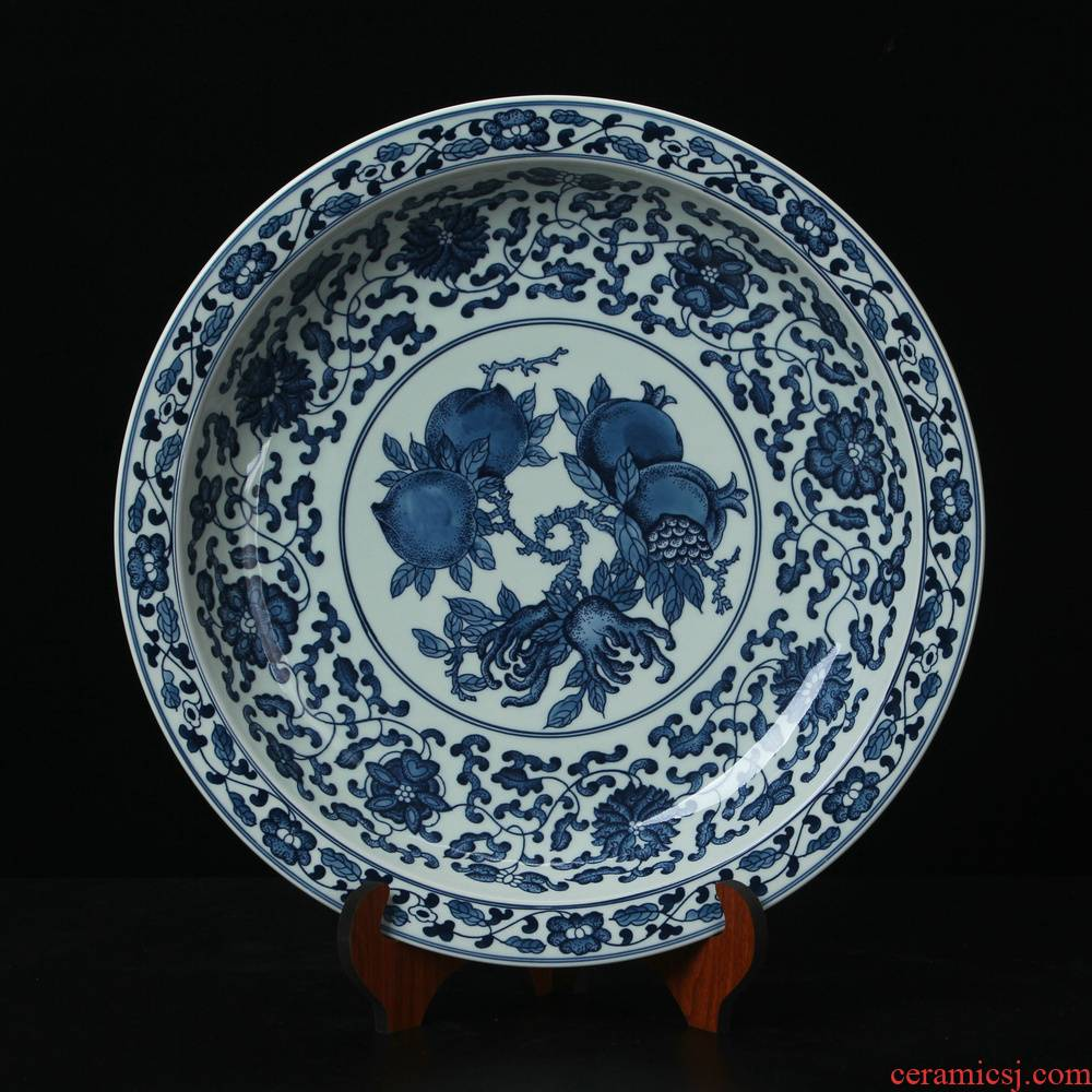 Jingdezhen ceramics high - end antique blue and white peach pomegranate plate sit plate modern Chinese handicraft collection