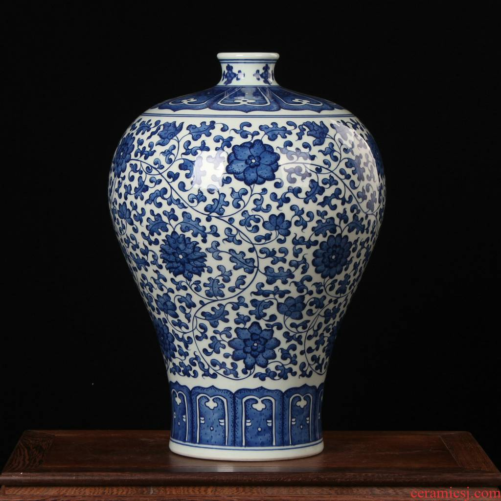 Jingdezhen ceramic vase furnishing articles high - end antique hand - made bound lotus flower blue and white porcelain bottle of flower arranging mesa adornment