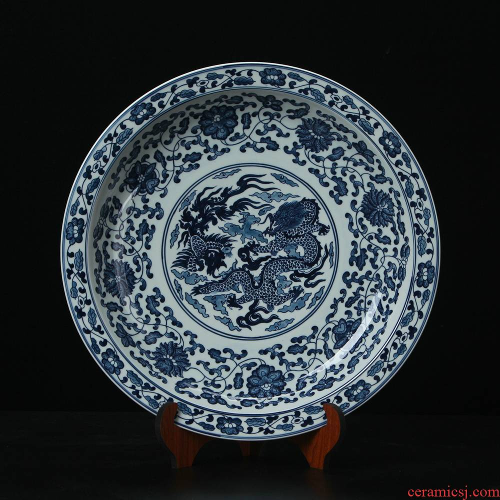 Jingdezhen ceramics high - end antique blue - and - white in extremely good fortune hunker plate modern Chinese handicraft collection
