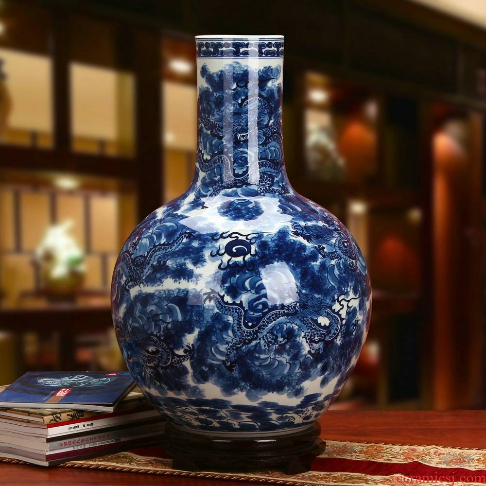 Jingdezhen ceramics high - grade hand - made tenglong universal celestial vase Chinese style classical decoration home crafts