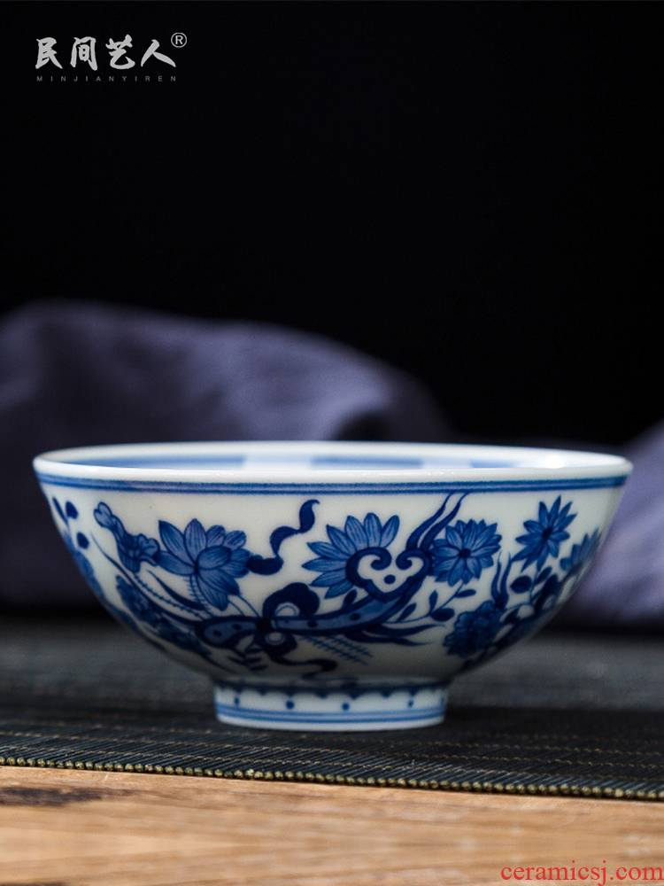 Jingdezhen ceramic hand - made master cup antique blue and white flower sample tea cup single phase treasure cup all hand small bowl