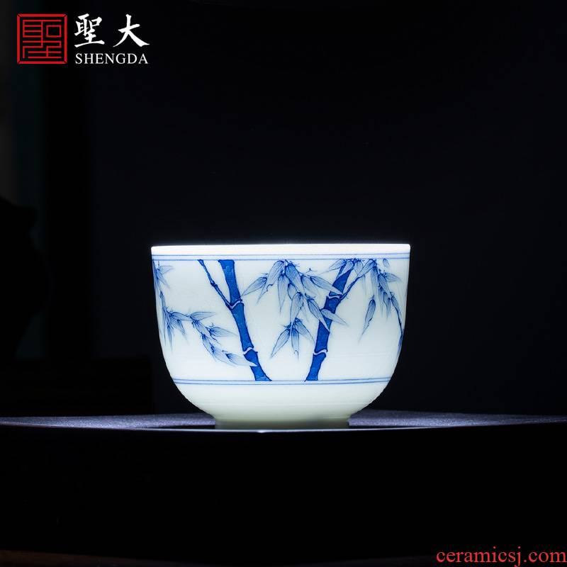 The large blue and white bamboo report peaceful sample tea cup teacups hand - made ceramic kung fu master cup all hand of jingdezhen tea service