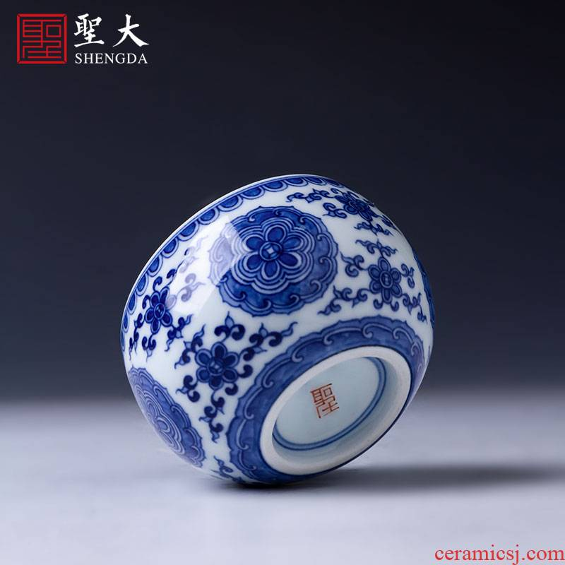 The big cup sample tea cup hand - made under glaze blue and white porcelain kung fu group pattern lie fa cup jingdezhen tea by hand