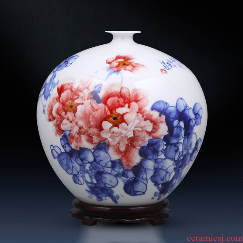 Jingdezhen ceramics hand - made peony pomegranates of blue and white porcelain vase furnishing articles of modern home living room TV cabinet act the role ofing is tasted
