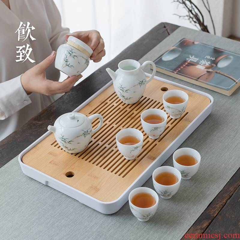 Ultimately responds tea set to suit the whole blue white porcelain Japanese kung fu little teapot set of ceramic tea caddy fixings bamboo tea tray