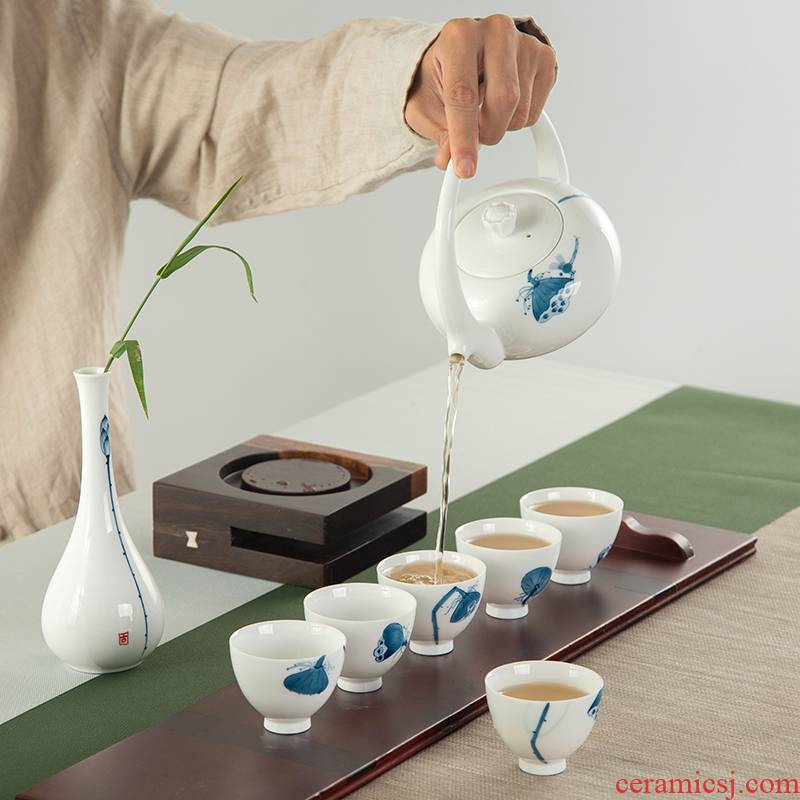 . Poly real scene of jingdezhen tea service suit small household contracted tea art kung fu tea set of blue and white porcelain tea set Mid - Autumn festival gift