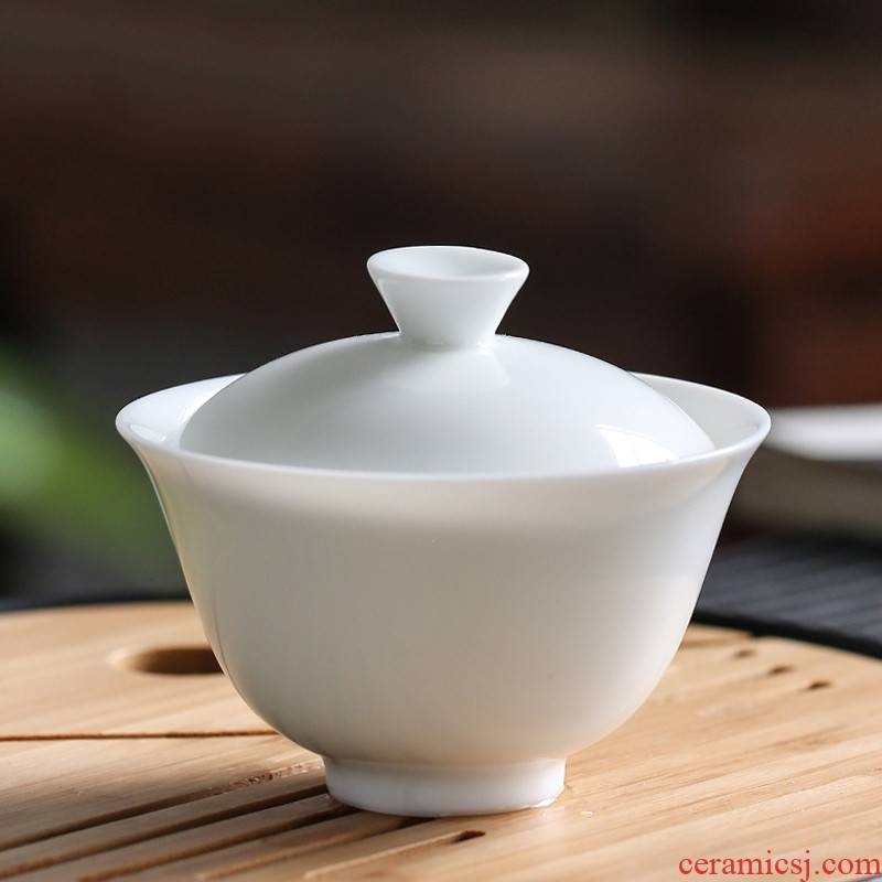 The Poly real boutique scene. White porcelain bowl covered bowl of jingdezhen ceramic cups kung fu sweet White glaze three bowl size