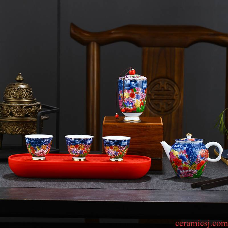 Touch the floor clearance 】 【 travel tea set household jingdezhen ceramic hand - made kung fu tea cups of a complete set of the teapot
