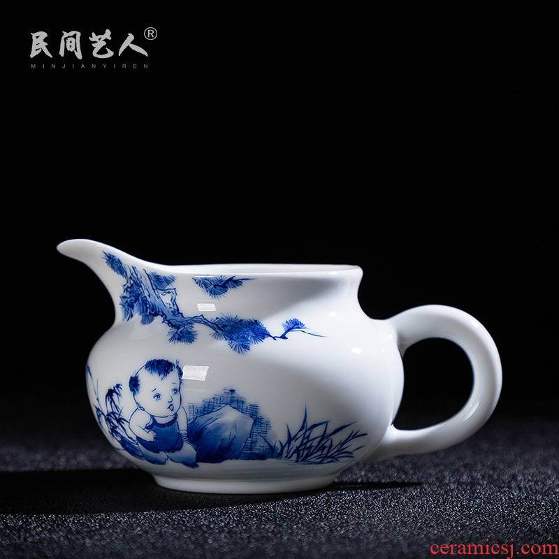 Jingdezhen ceramic fair hand - made cup and a cup of tea sea kung fu tea accessories small capacity points of blue and white porcelain tea