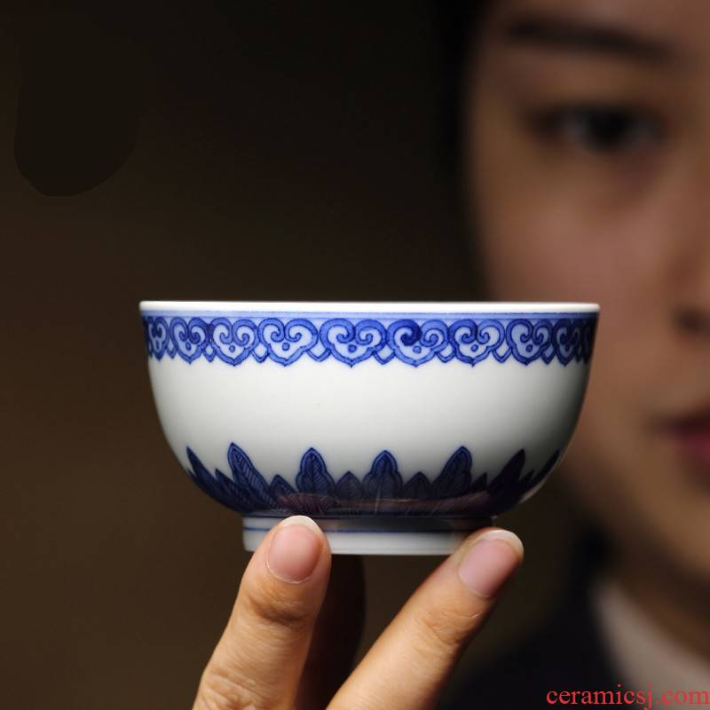 . Poly real boutique scene. Jingdezhen ceramic masters cup sample tea cup cup kung fu tea set hand - made porcelain cup of T