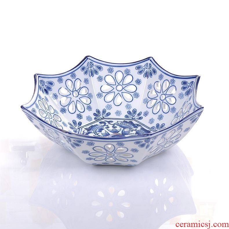 King 's blue and white porcelain of jingdezhen ceramics creative European fruit compote hollow out water Lou diao empty fashion