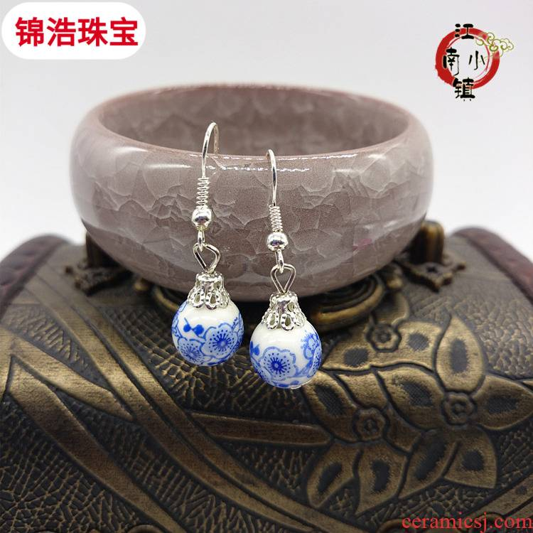 Chinese wind checking ceramic jewelry national wind restoring ancient ways is blue and white porcelain earrings earrings female temperament contracted joker
