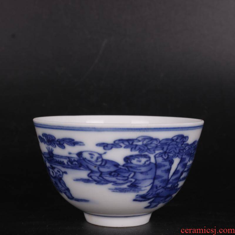 In blue and white YingXiWen antique crafts of Chinese style household porcelain cups furnishing articles antique curio collection
