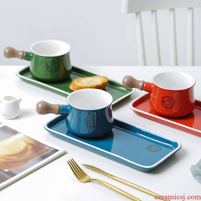 Breakfast with the handle creative dishes dishes suit household Nordic web celebrity ins wind express it in Japanese ceramics tableware