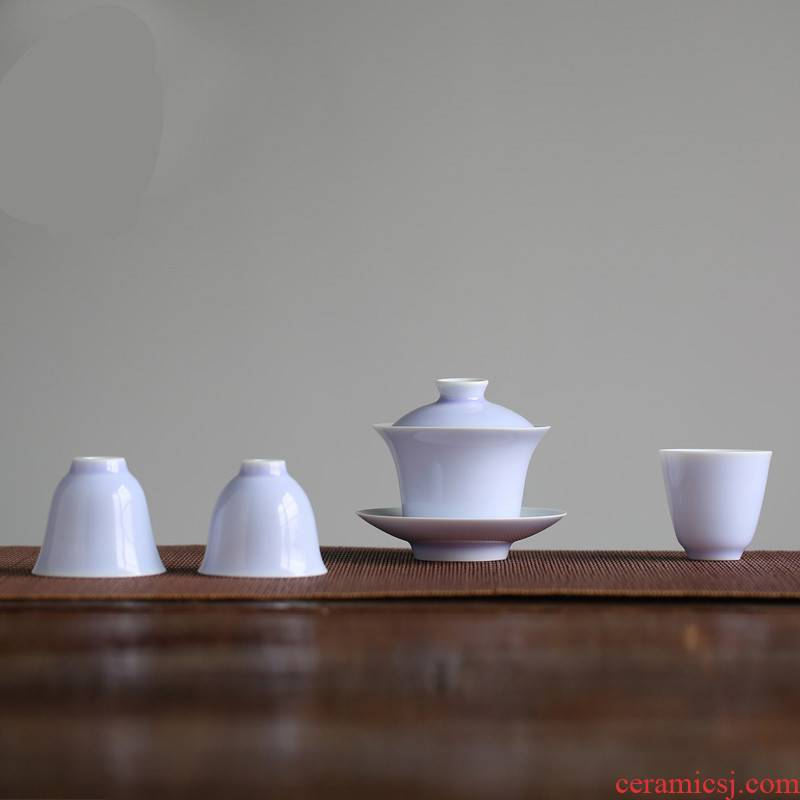 The Poly real boutique scene. Color glaze tureen jingdezhen ceramic cups kung fu tea set three to make tea cup size