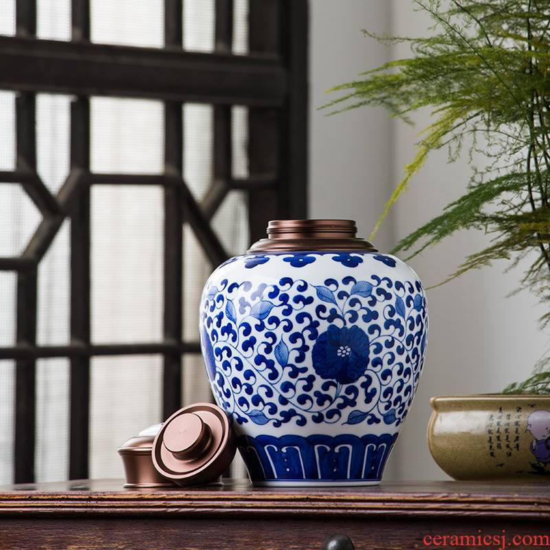 The Poly real view jingdezhen ceramic large Chinese blue and white porcelain tea pot seal high - grade household moistureproof checking out the tea