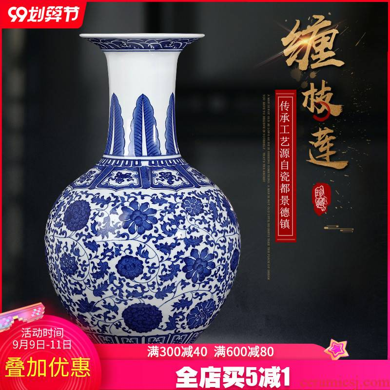 Jingdezhen ceramic blue and white porcelain vase is placed large sitting room of TV ark, wine study of new Chinese style household act the role ofing is tasted