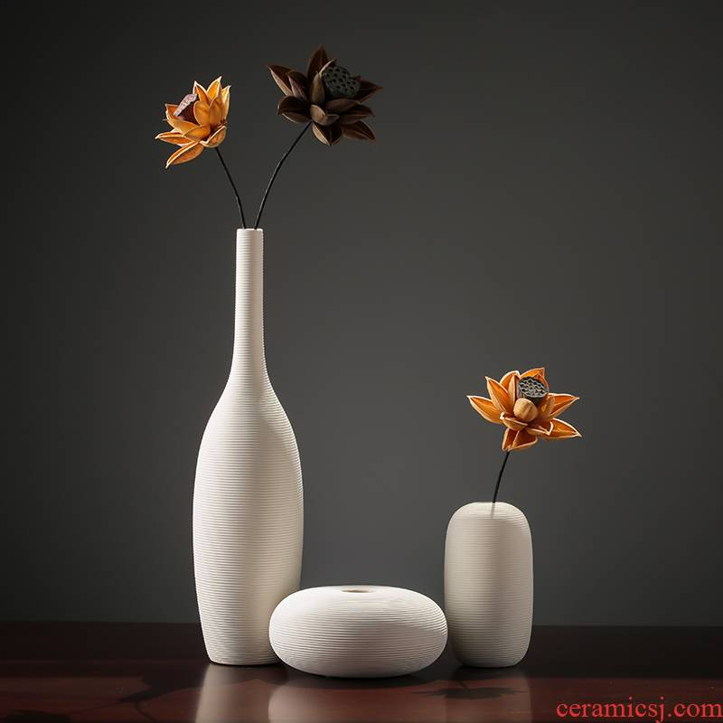 The modern creative contracted white ceramic vases, furnishing articles dried flower arranging flowers decorate The sitting room ark, household act The role ofing is tasted
