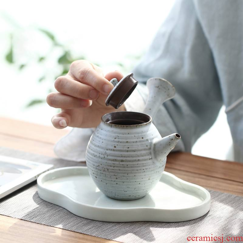 Coarse pottery teapot mini Japanese side to put the pot of single pot from small household ceramic pot restoring ancient ways with one person