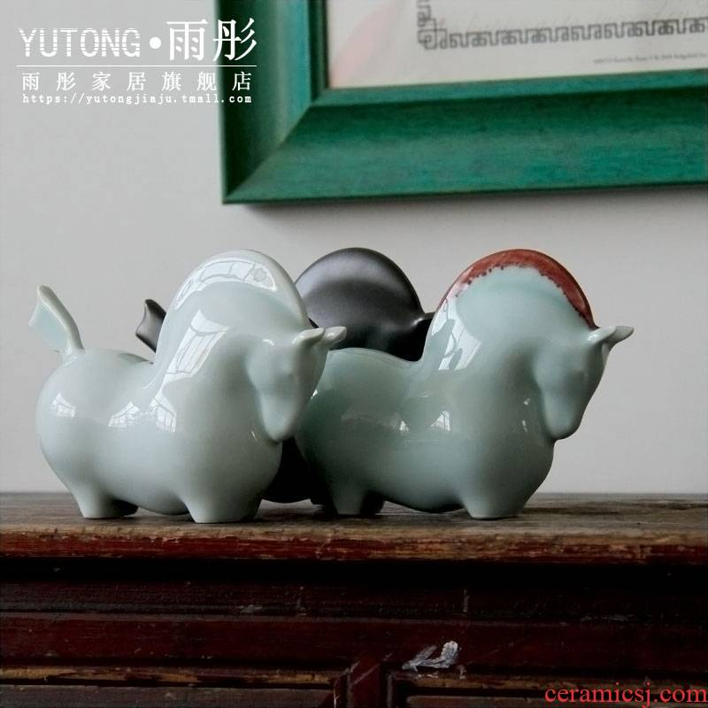 Red manee of new Chinese style ceramic furnishing articles horse shadow blue creative home sitting room office decoration business gifts