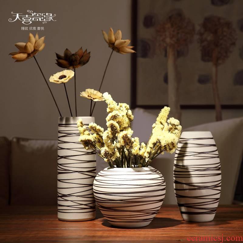 Jingdezhen ceramic vases, three - piece decorations modern creative living room TV cabinet table place flower arrangement