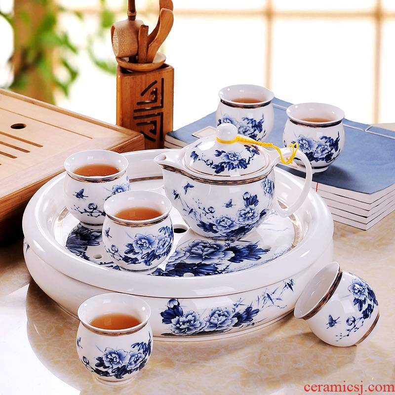 Jingdezhen blue and white porcelain tea sets of household ceramics large Chinese teapot kung fu tea tray cups of a complete set of