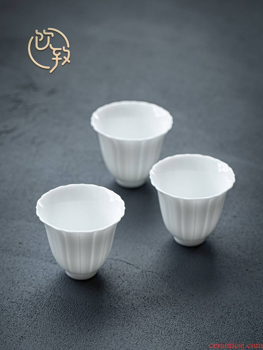 Ultimately responds to bluish white porcelain masters cup kung fu tea cups jingdezhen ceramic sample tea cup small single cup tea cup mat individual