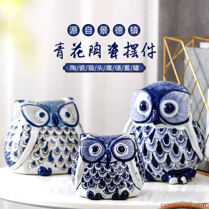 Jingdezhen blue and white porcelain jar owl furnishing articles of modern ceramic arts and crafts ornament gift decoration