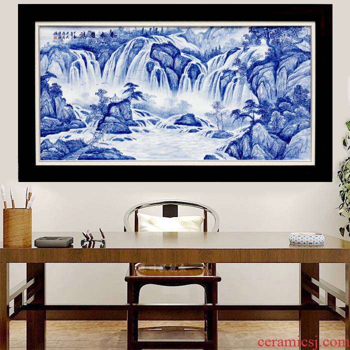 Jingdezhen blue and white landscape hand - made porcelain plate adornment painter in the sitting room sofa background wall ceramic bedroom hangs a picture
