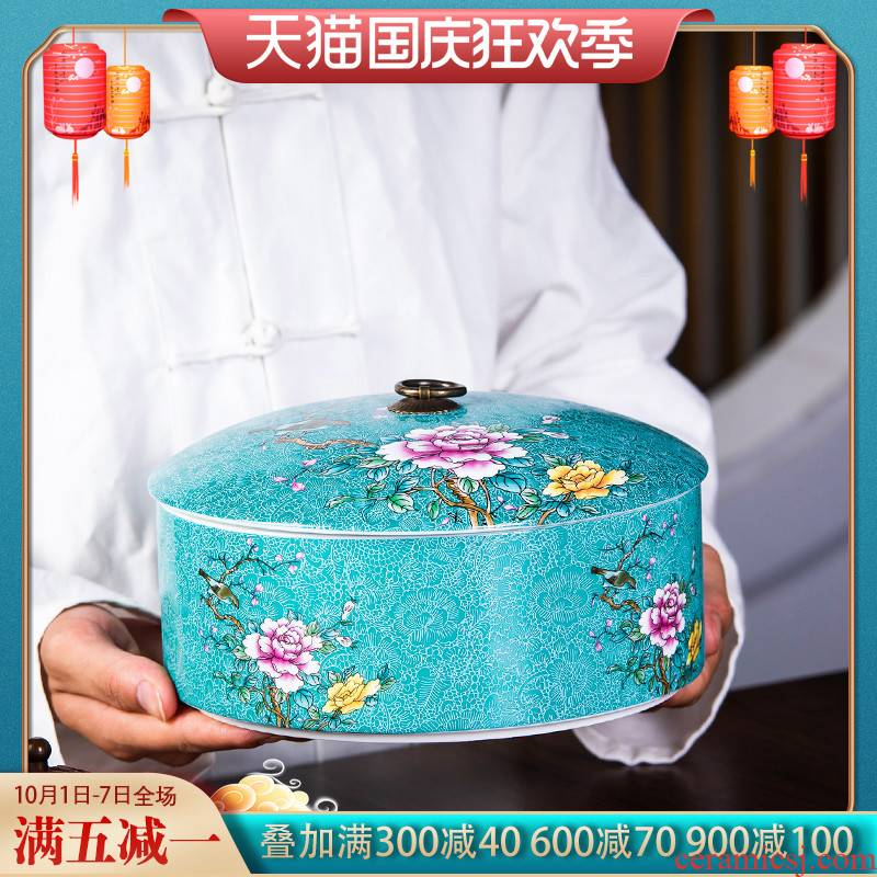 Jingdezhen ceramic colored enamel, grilled flower tea pot Chinese style restoring ancient ways of household sealed container storage jar with cover