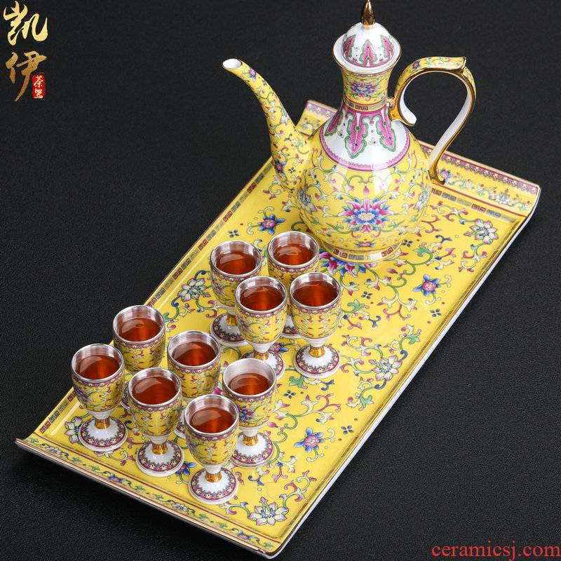Silver colored enamel 999 palace huangfeng 12 head coppering. As wine gift box set of jingdezhen hip flask high coppering. As Silver cup