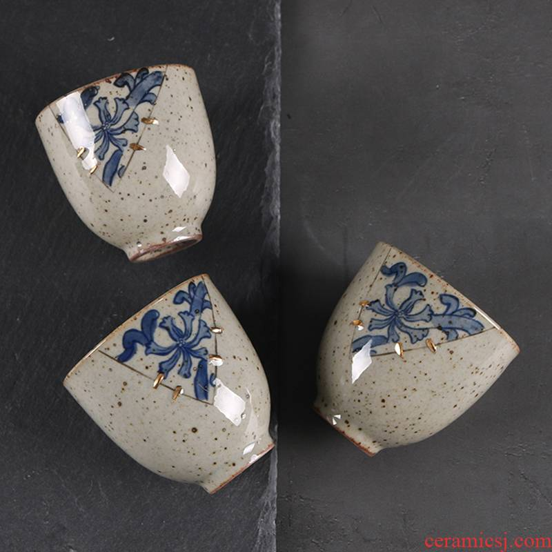 Vintage blue and white paint archaize ceramic cups sample tea cup Japanese tea bowl kung fu tea set, rust glaze by hand