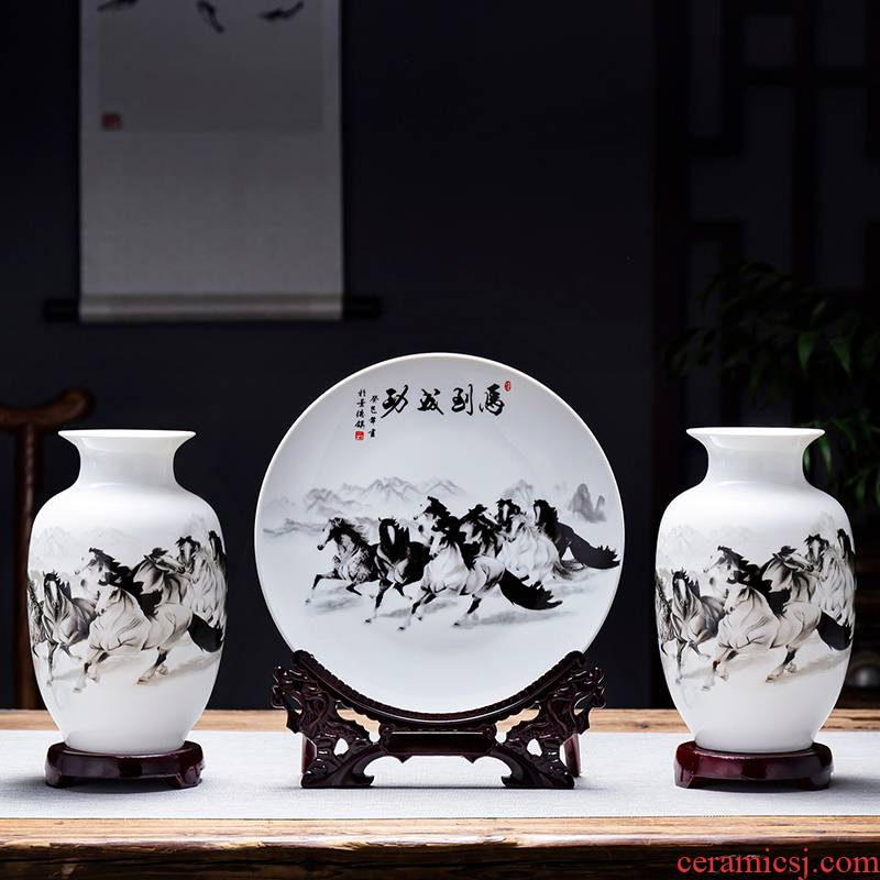 Jingdezhen ceramics floret bottle three - piece living room TV ark, home decoration of Chinese style arts and crafts flower arranging furnishing articles