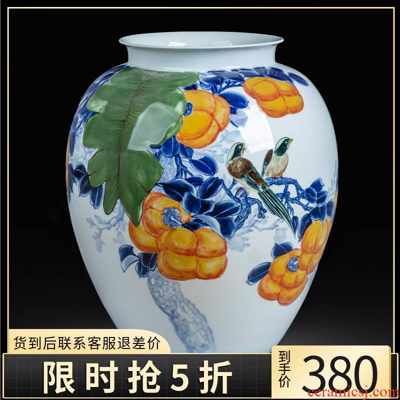 Jingdezhen ceramics hand - made of blue and white porcelain vases, all the best of the big Chinese style living room TV cabinet decoration