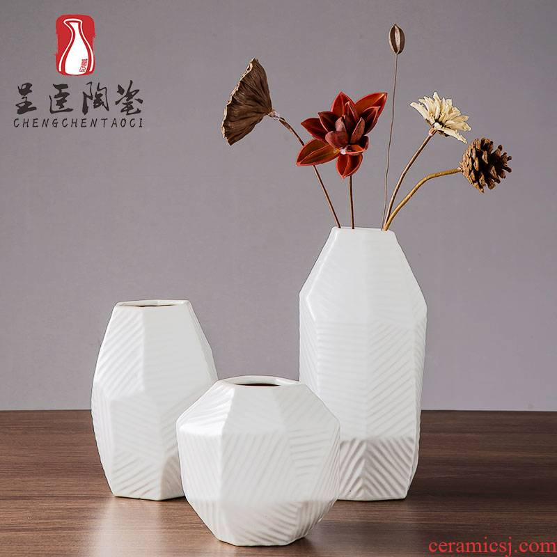 Jingdezhen ceramic floret bottle contracted white television creative furnishing articles of I sitting room desk zen dried flower vase