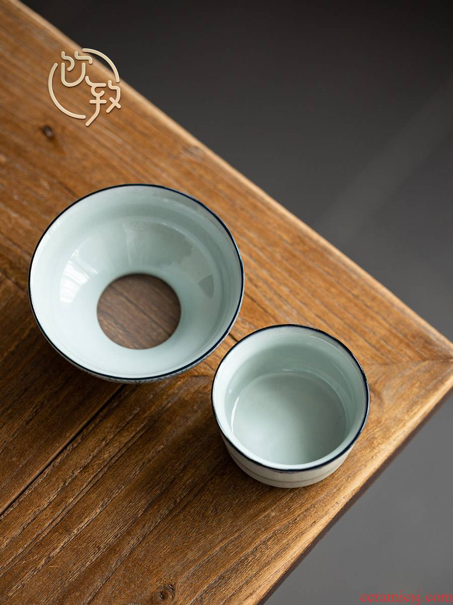 Blue and white tea ultimately responds to clay filter) ceramic filters filter good tea cups creative tea accessories