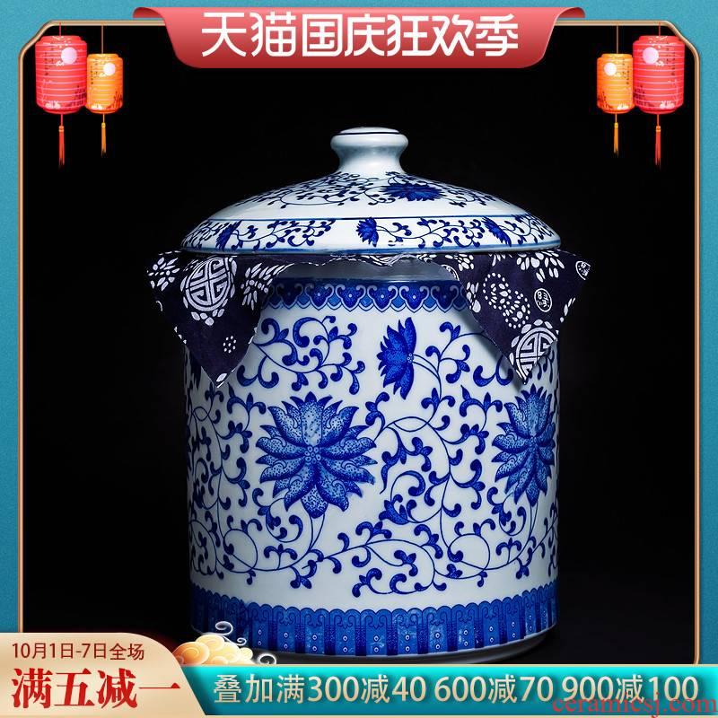 Jingdezhen ceramic Chinese blue and white porcelain tea pot large wind puer tea cake tin, household seal super jumbo